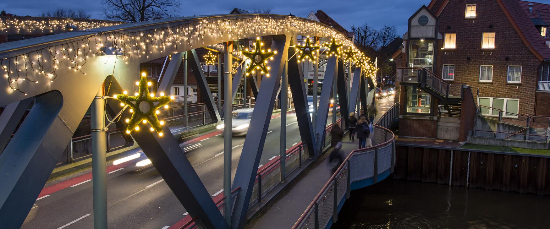 Weihnachtsbeleuchtung Hubbrücke Meppen